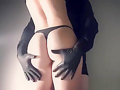 Teenager big ass and big dick 10+ inches fetish